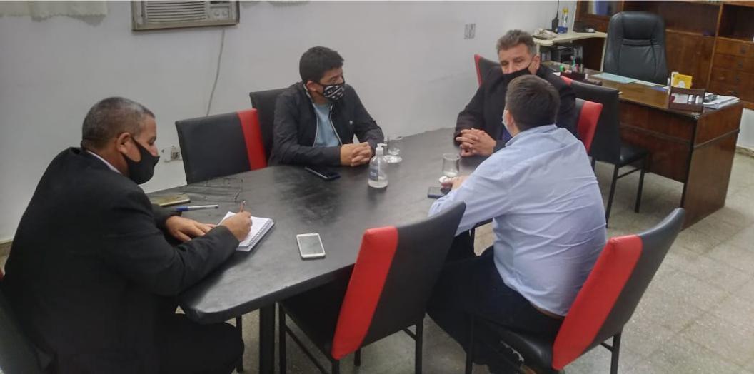 REUNIÓN DE TRABAJO Y PLANIFICACIÓN DEL INTENDENTE FABRICIO DÍAZ CON MÁXIMAS AUTORIDADES POLICIALES DE LA DEPARTAMENTAL PUNILLA